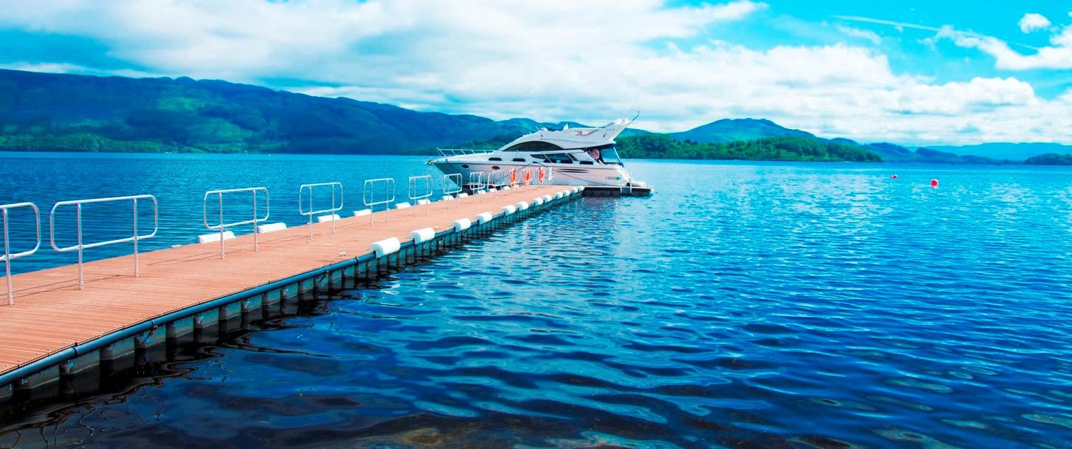 Lodge on Loch Lomond Jetty and Boat