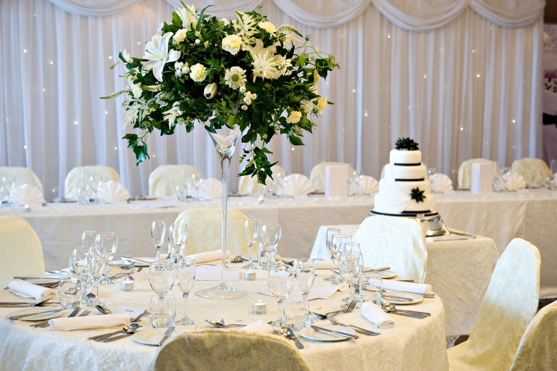 Lodge on Loch Lomond Wedding SHow Table
