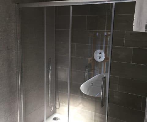 Cuillin Suite Bathroom Loch Lomond