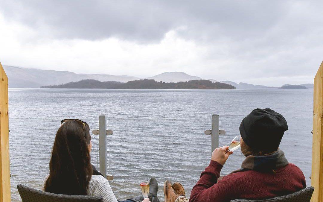 coupletraveltheworld Lodge on Loch Lomond